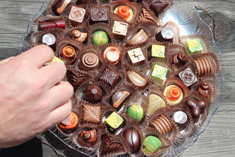 צלחת שוקולדים